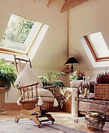 家居装修 室内设计理论 > 休闲惬意的客厅设计    藤椅的悠闲,阁楼的